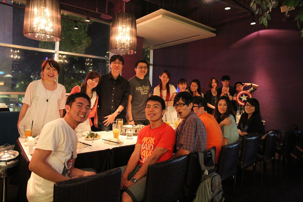 服務經營部,第一次部門聚餐@非常泰