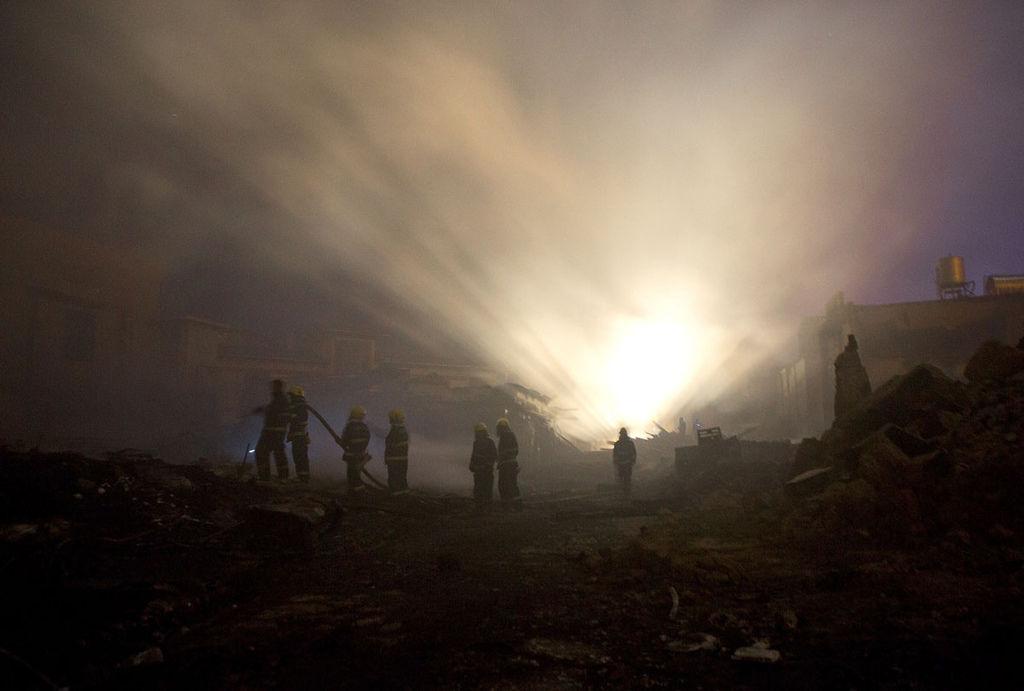 香格里拉獨克宗古城燒毀新聞畫面_5.jpg