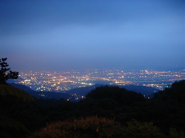 第二夜景-竹子湖