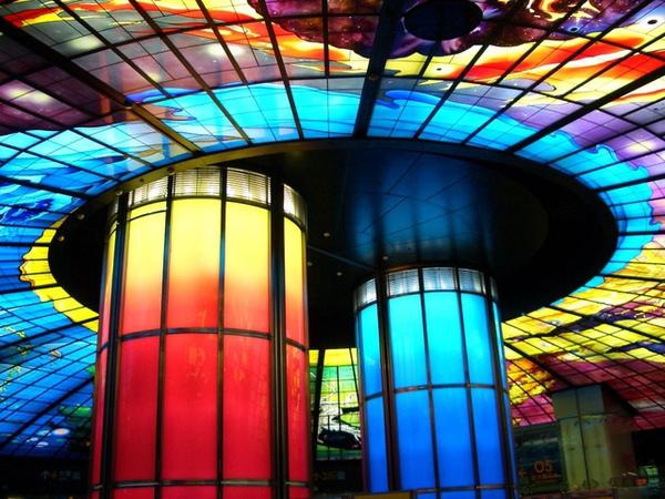 美麗島捷運站的光之穹頂