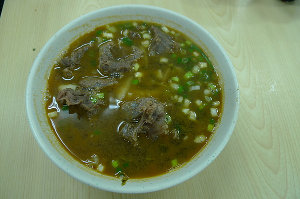 去楊梅吃東北牛肉麵