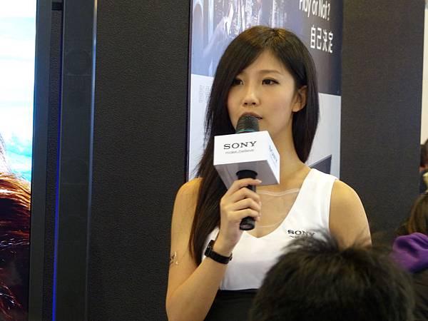 SONY 84吋4K畫質電視 解說showgirl