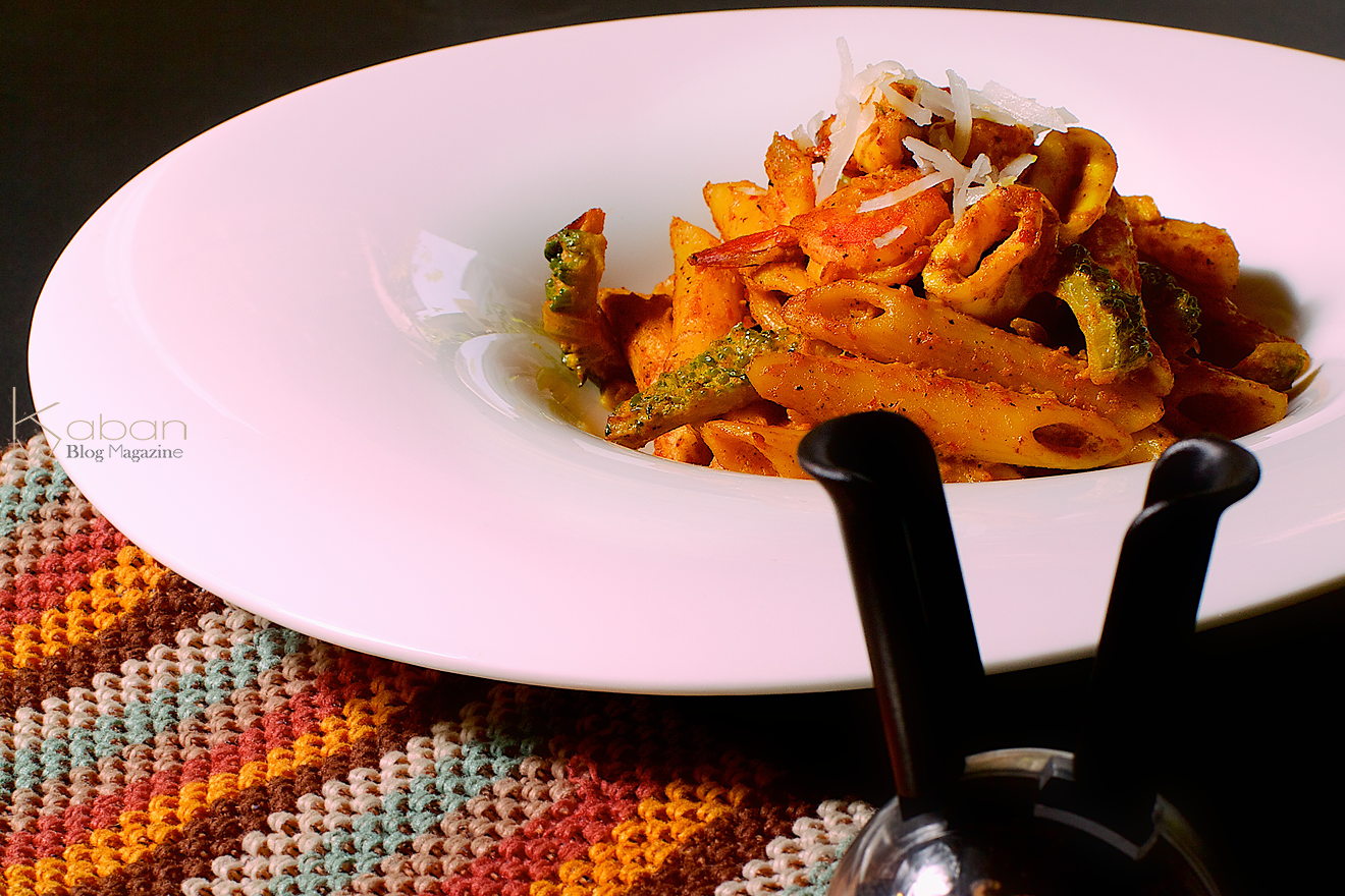 Balinese curry pasta