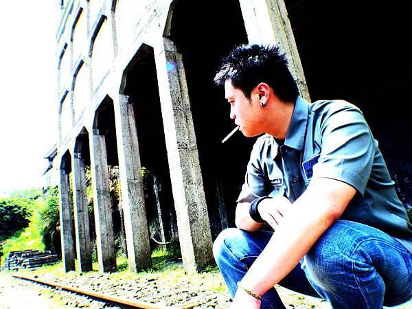 註:未滿十八 請勿吸煙