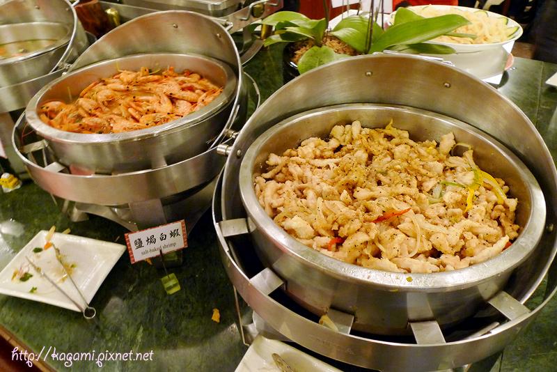 武陵農場國民賓館晚餐buffet: http://kagami.pixnet.net/blog/post/28485173