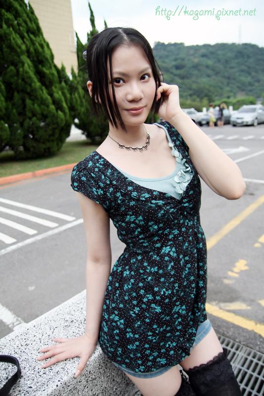 綠色系 casual休閒風: http://kagami.pixnet.net/blog/post/29606427