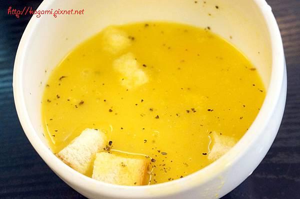 沙發馬鈴薯 Couch Potato: http://kagami.pixnet.net/blog/post/31582479
