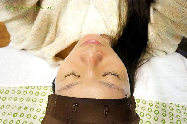 瑞貝卡專業藝術嫁接睫毛: http://kagami.pixnet.net/blog/post/40201135
