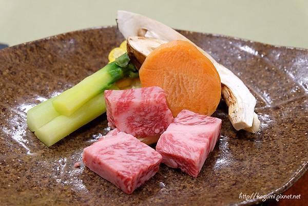 平湯溫泉岡田旅館 グルメプラン 花會席:http://kagami.pixnet.net/blog/post/43107631