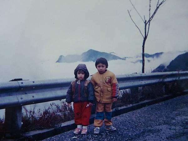 小時候的我&我哥