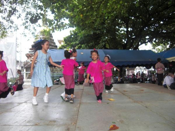 泰國小學生們