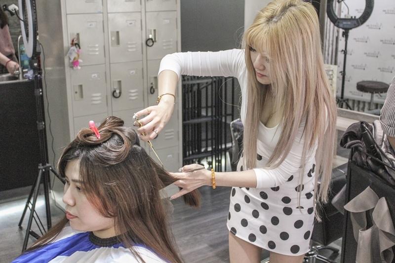 台北車站染髮剪髮燙髮 台北車站A Hair Salon墊腳石設計師Aileen愛妮111.JPG