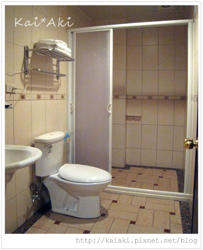 墾丁旺哥民宿旅店-衛浴.jpg