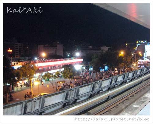 士林夜市-捷運劍潭站