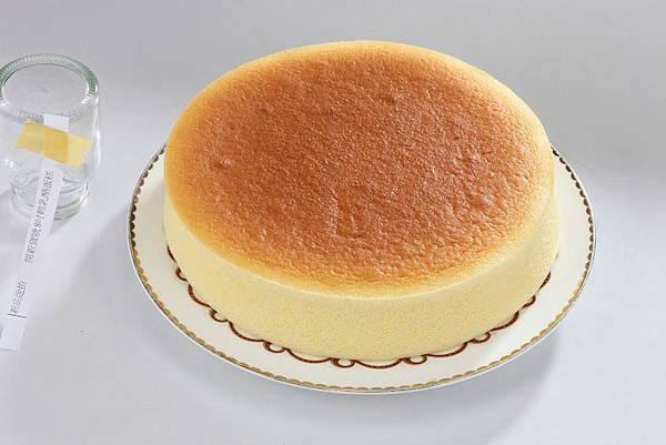 8吋輕乳酪蛋糕-1