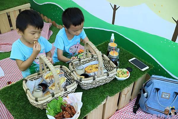 105.10.25曲尼的公園野餐IMG_2081.JPG