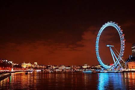London_Eye_at_night_3