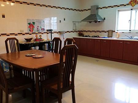 二館kitchen-1.jpg