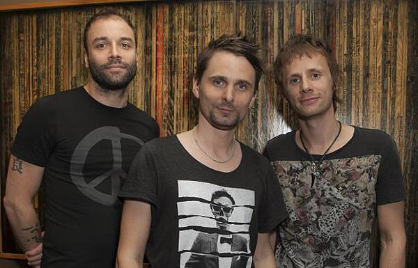 muse-grammy-preparty-gabriel-olsen-13