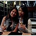 P1080488-河岸邊的紅酒廠.JPG