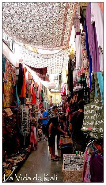 P1090746-很有阿拉伯風情的巷子
