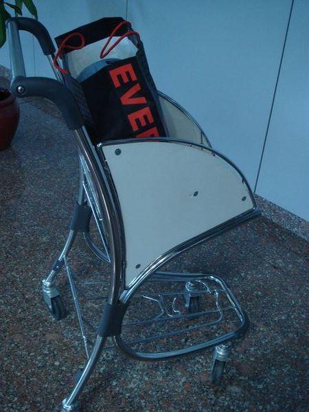 北京機場行李小車