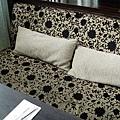 水舞饌的沙發