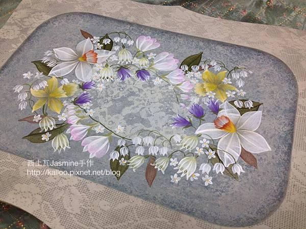 傢飾木器彩繪  幸 福      ˋ    花圈下滿意蕾絲背景    落下每一筆花瓣    川島控的我    極愛這清透筆法繪畫風格