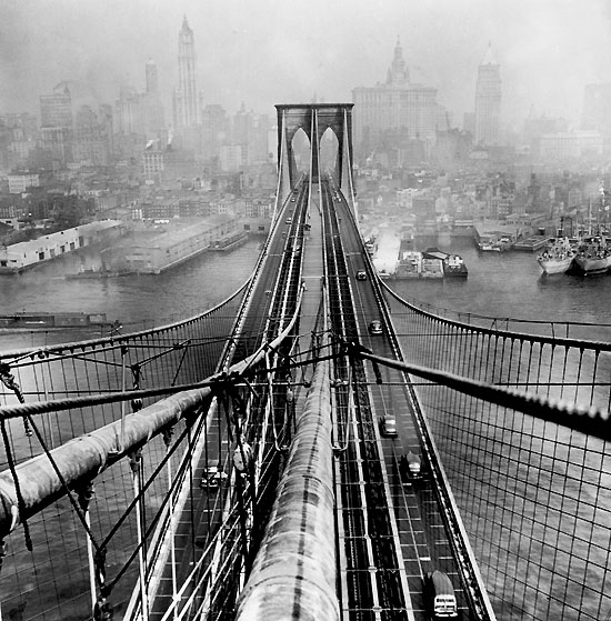 arthur_leipzig_brooklyn_bridge_1946