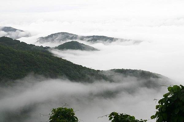tam_dao_mountain_peaks