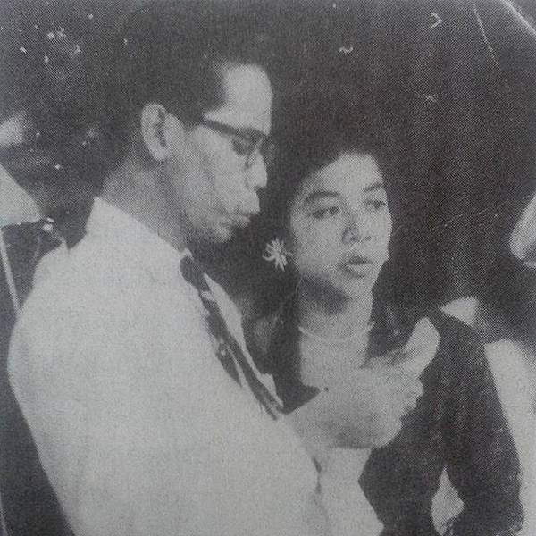 Salmi Manja and her husband A Samad Said.jpg