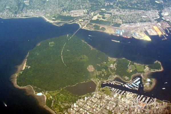 Stanley_Park_Aerial.jpg
