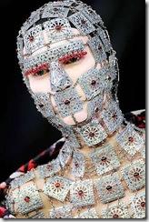 alexander-mcqueen-fall-2009-warrior-head-armor