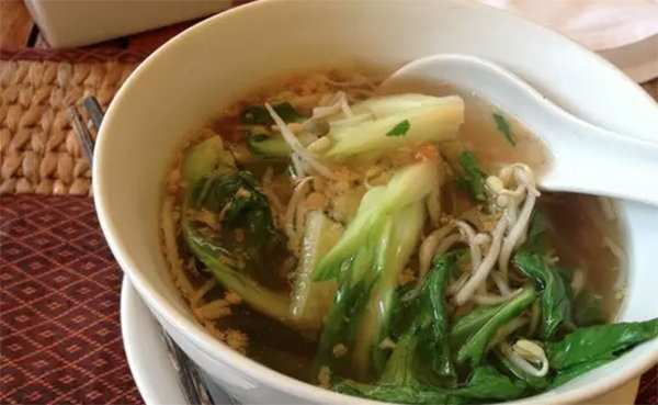 柬埔寨美食:米粉湯