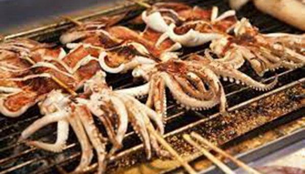柬埔寨美食:烤魷魚