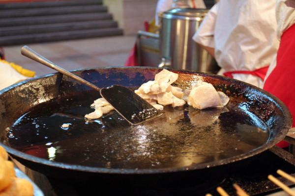 炸灌腸(麵食)