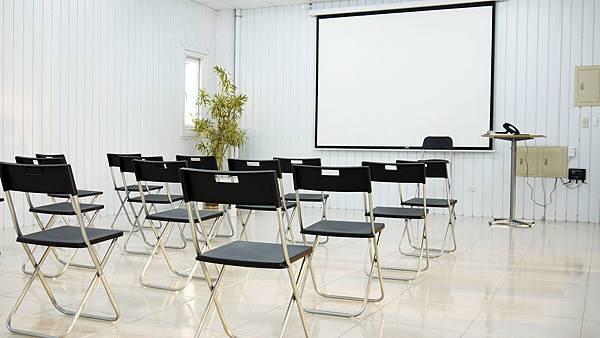 台中教室出租-艾利教育中心