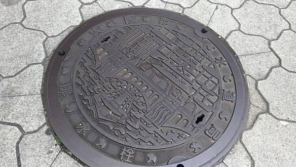 日本人孔蓋圖案設計