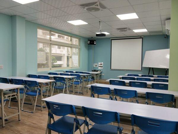 新竹教室租借-JR教室全新設備-乾淨的使用環境.jpg