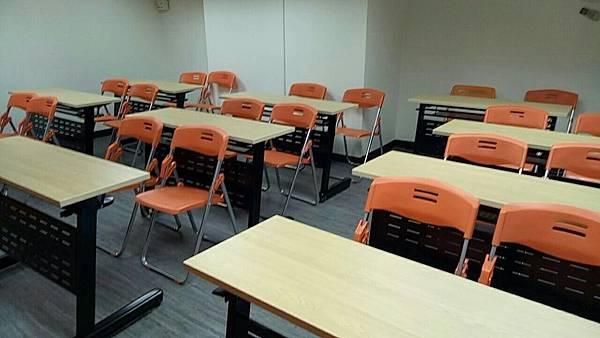 JR桃園思考致富A教室/室內照片/桃園教室場地租借推薦.jpg