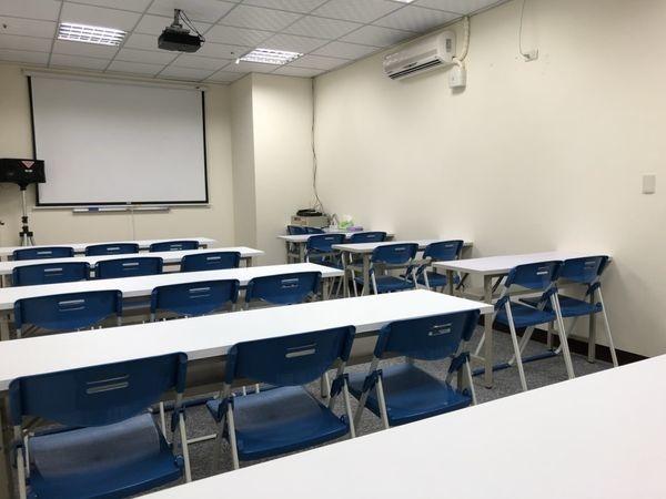 桃園教室場地租借/南崁小教室室內照片.jpg
