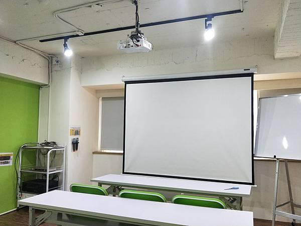 台中火車站85大樓教室租借/台中教室租借/台中場地租借.png