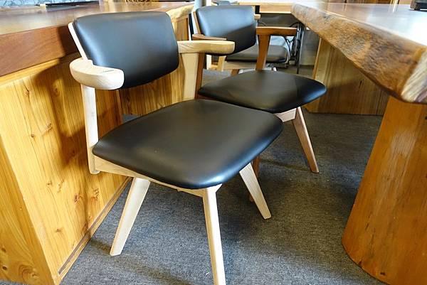 6旋轉椅2.1.JPG