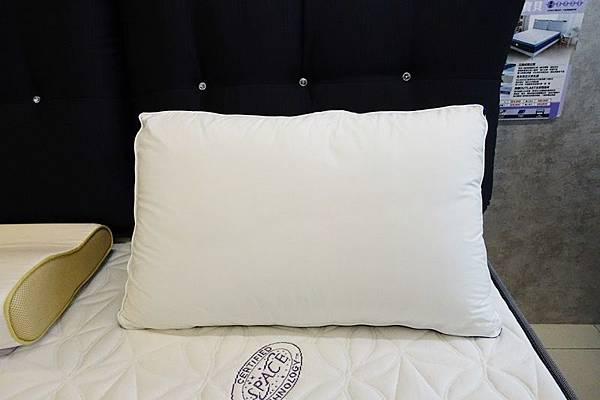 獨立筒枕.JPG
