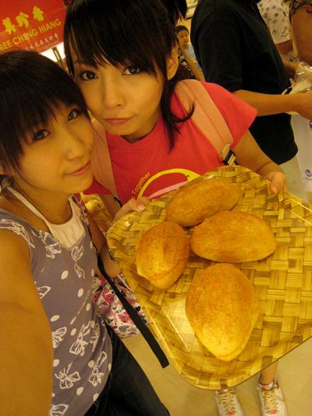 跟日向都很愛吃的明太子法國麵包(心