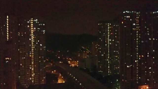小香睡的房間看到的夜景^^