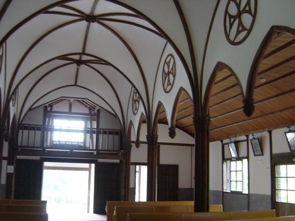 清教徒的教堂?!