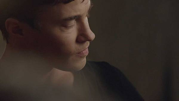Dominion.S02E03.The.Narrow.Gate.1080p.WEB-DL.DD5.1.H.264-ECI.mkv_20150727_125845.922.jpg