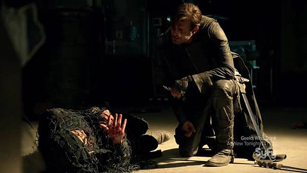 Dominion.S02E05.HDTV.x264-KILLERS.mkv_20150808_172005.033