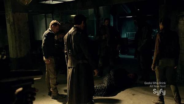 Dominion.S02E05.HDTV.x264-KILLERS.mkv_20150808_173438.034.jpg